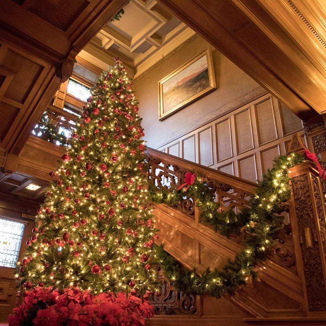 "Glensheen Nominated For ""best Holiday Historic Home Tour"
