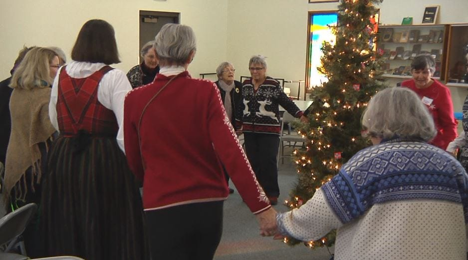 Norwegian Christmas.Jultrefest Celebrates Norwegian Christmas Tradition Kbjr 6