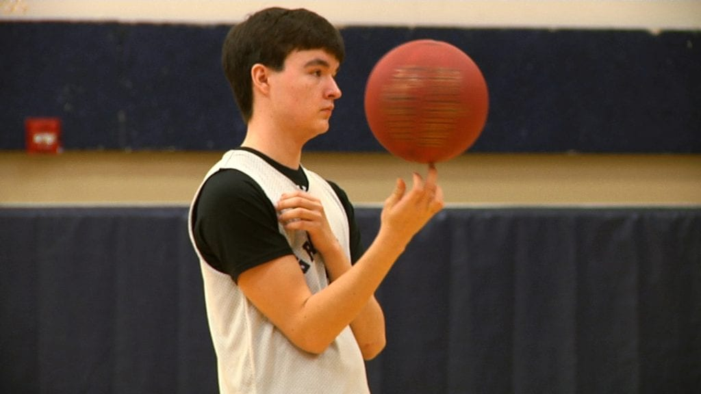 A true point guard: Cade Goggleye's unselfish leadership powers Grizzlies