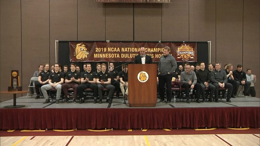 Bulldogs share national championship with community at public ceremony