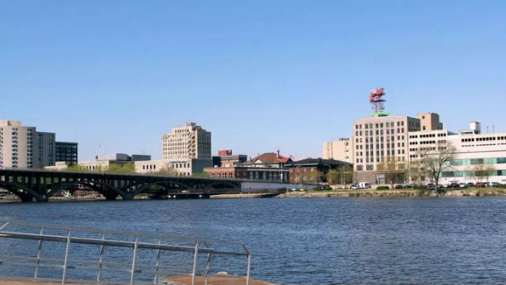 Living, working and playing in Rockford, Illinois