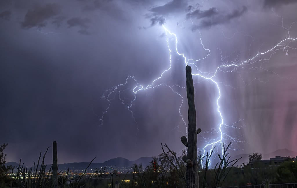 PHOTOS: Lightning, colors and fire