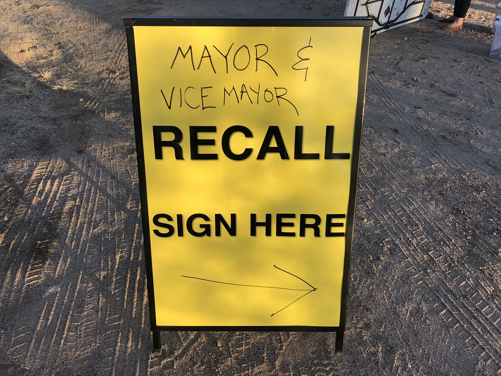 Some Oro Valley residents aim to recall mayor, vice mayor