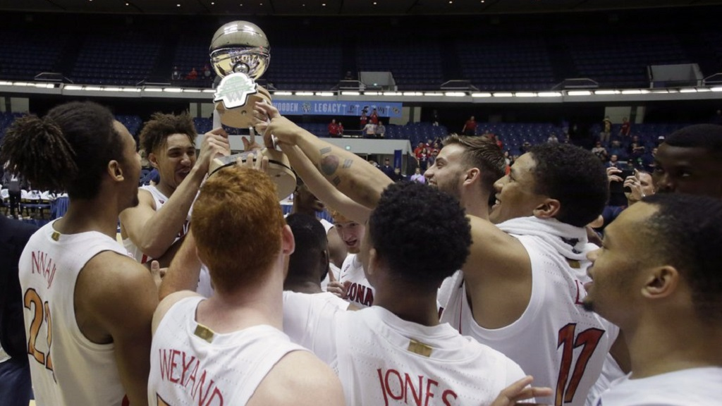 Arizona's senior center, Chase Jeter played very well to lead his team to a win over Wake Forest in the Wooden Legacy Championship.  (Photo: Alex Gallardo/Associated Press via News 4 Tucson.)