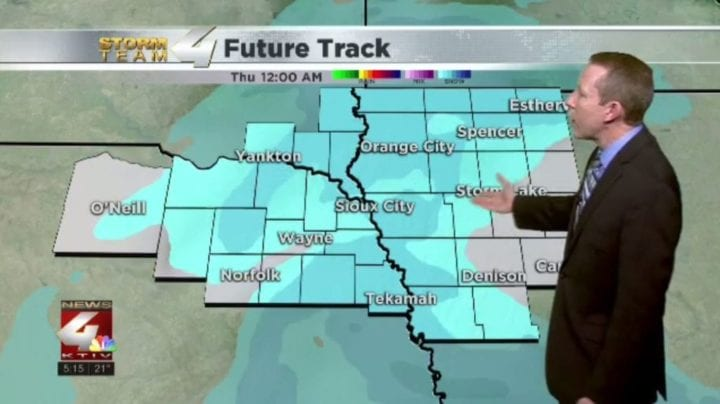 Light snow accumulations possible tonight