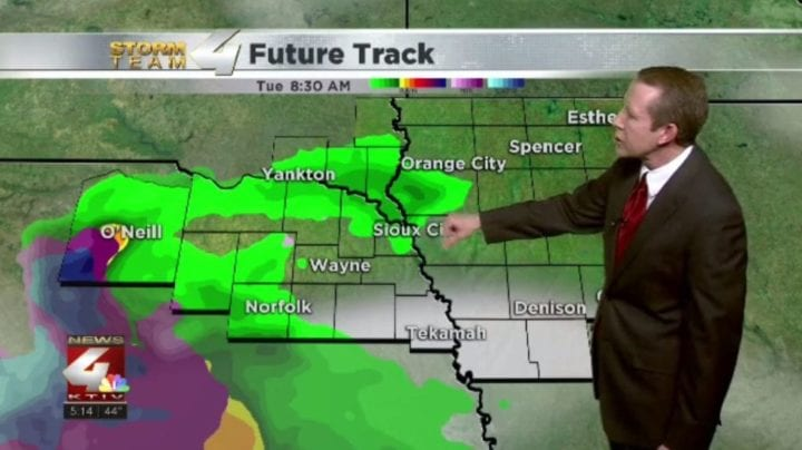 A little light rain possible heading into Tuesday