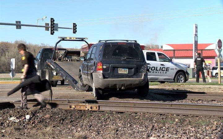High-speed chase ends without injury; driver remains at large
