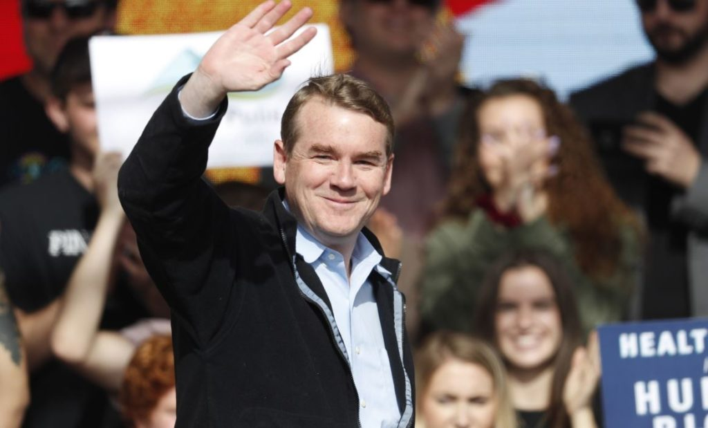 Sen. Bennet makes campaign stop in Sioux City