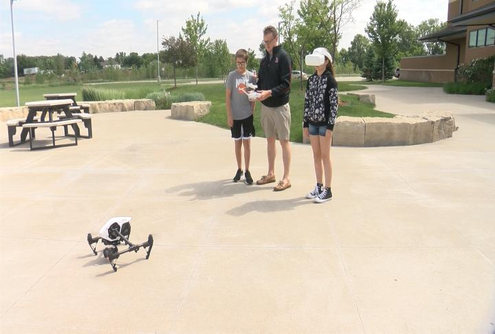Students take to the sky while attending Drone Camp - KTIV