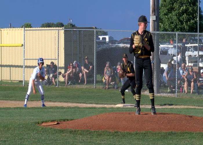 Kingsley-Pierson takes two from Woodbury Central