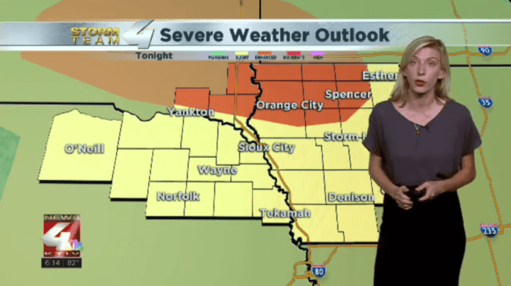 Strong to severe storms to enter Siouxland tonight