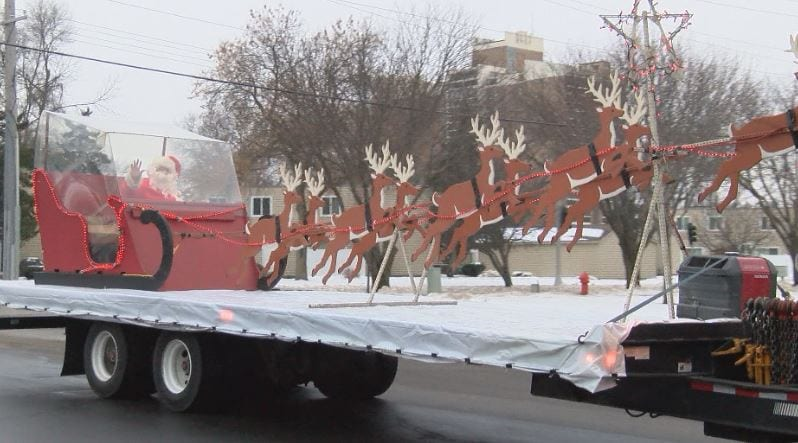 Santa Brede brings holiday cheer to Rochester city staff