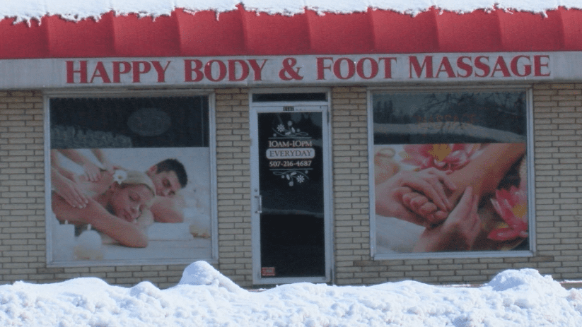 Council members meet to decide on massage parlor licensing