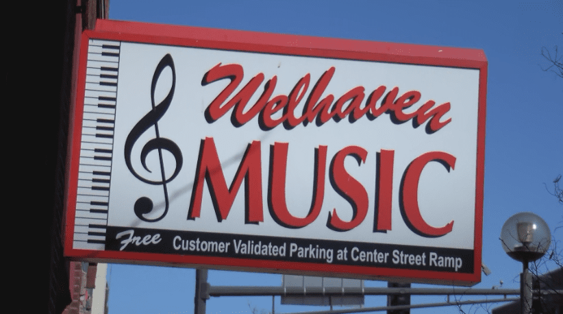 Welhaven Music to merge with Music Mart after 65 years