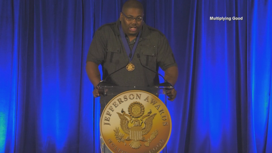 Rochester man represents FOX 47 at national Jefferson Awards ceremony