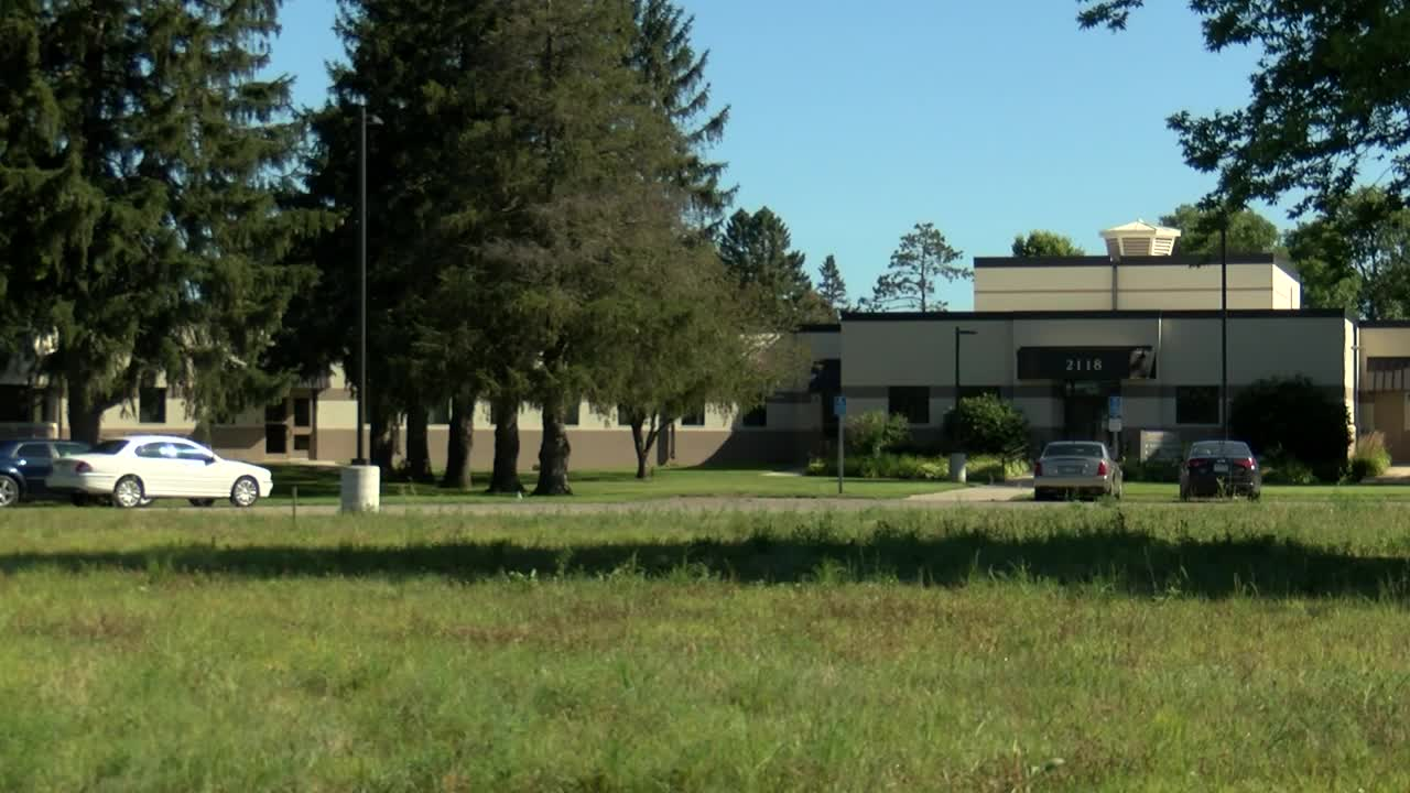 Rochester juvenile inmate allegedly assaults, threatens to stab detention center employee
