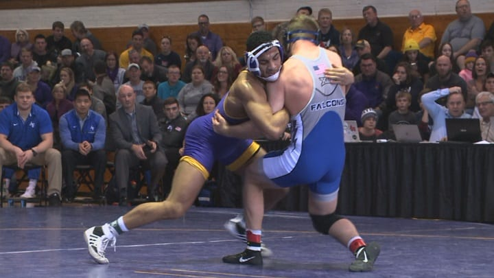 UNI wrestlers top Air Force 29-9