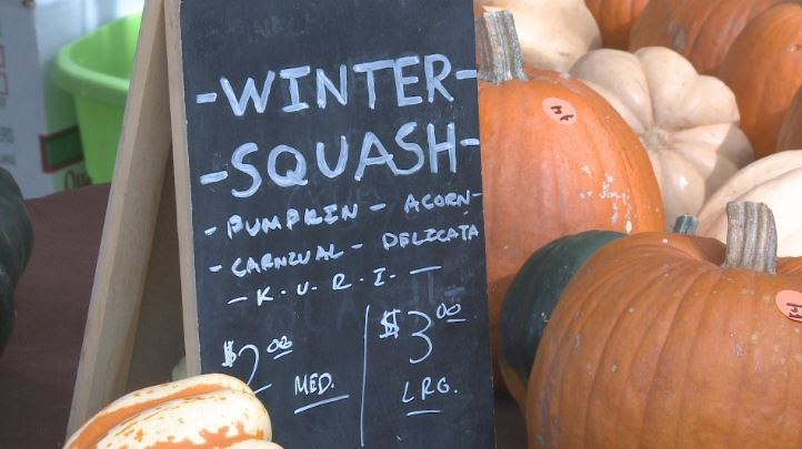 Cooler temperatures signal changes in farmers markets