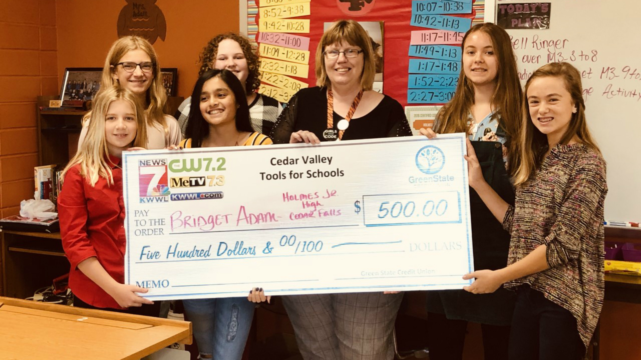 Holmes Junior High teacher takes home 'Tools for Schools' award