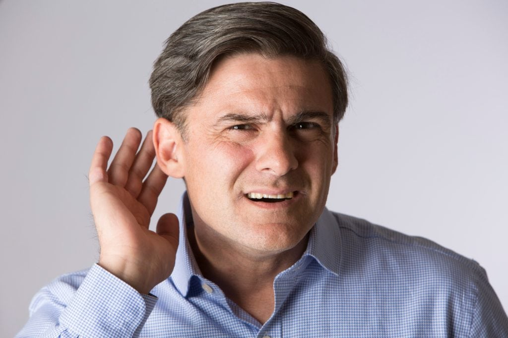 Pay Attention to These 3 Symptoms of Hearing Loss