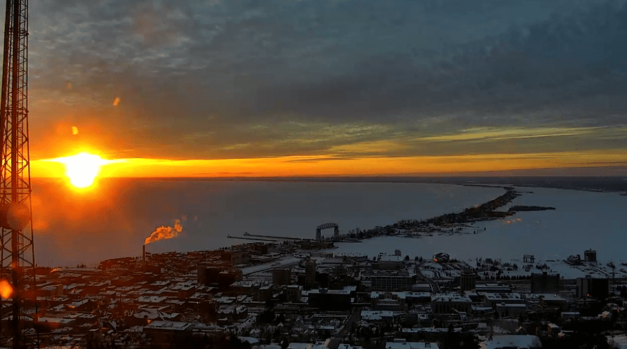 Lots of sun to begin the weekend, clouds increase Sunday