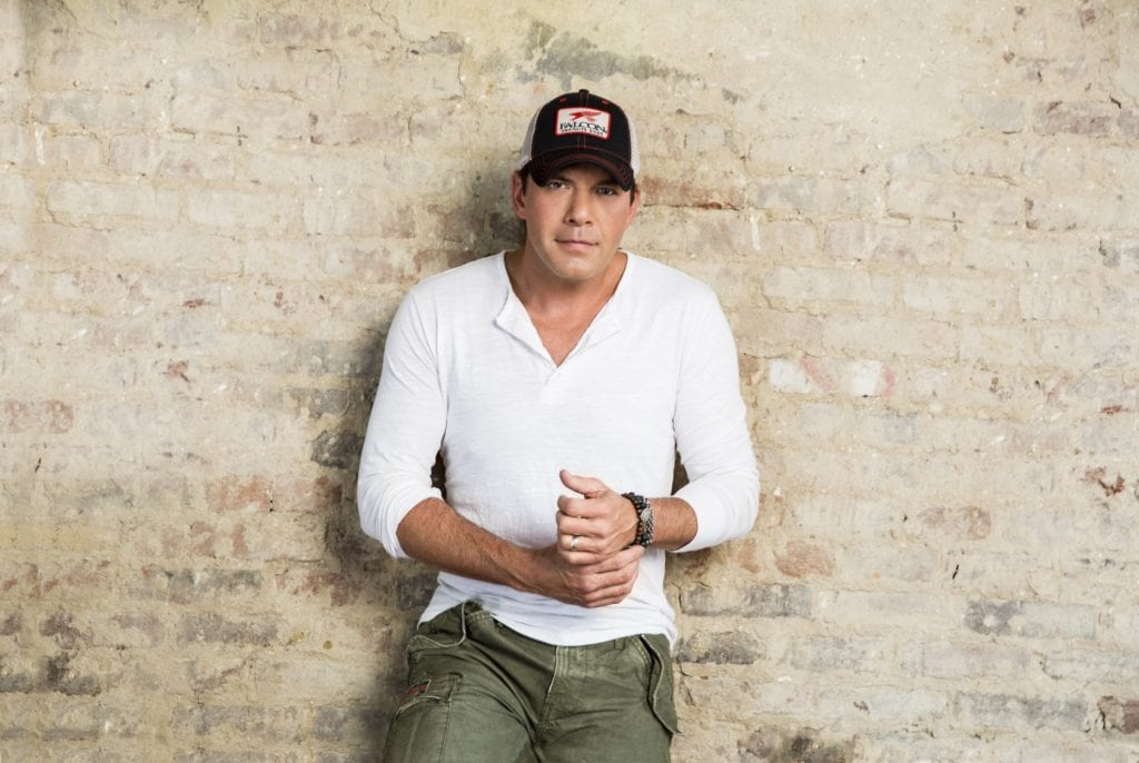 """Rodney Atkins to put on """"intimate"""" show in Madison"""