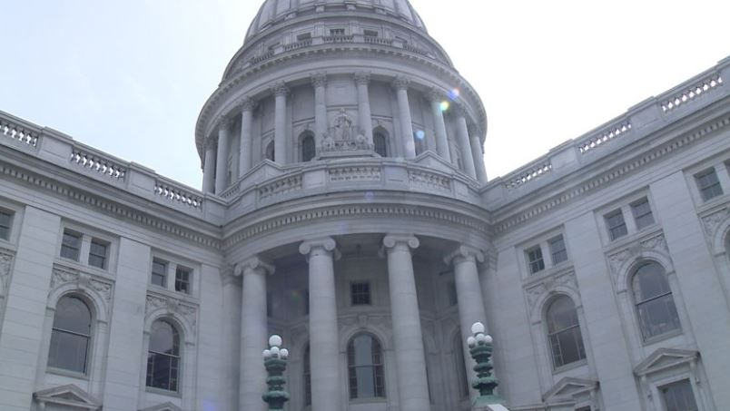 Wisconsin Democrats set to promote new redistricting plan