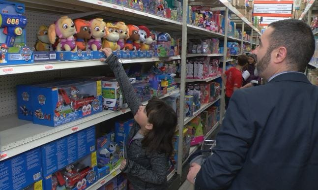 Volunteers Raise More Than $10,000 for Toys for Tots