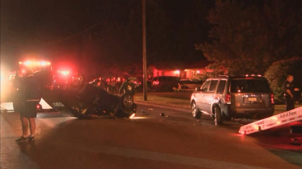 UPDATE: Two suffer minor injuries in rollover crash - WAOW