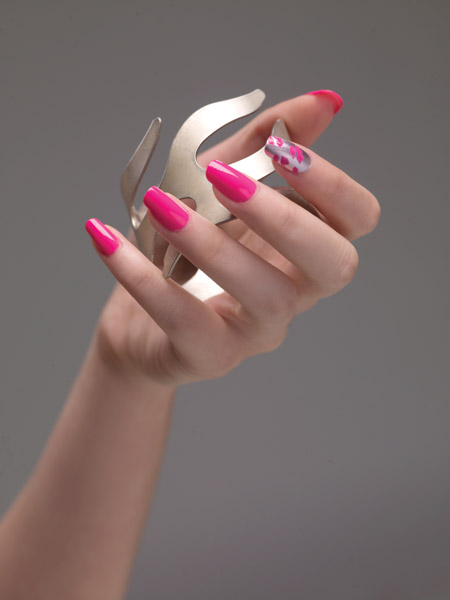 12 07 summer nail trends 2012 how to essie 6