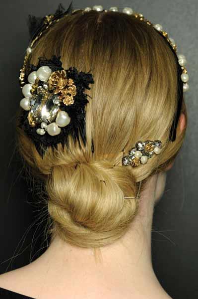 12 09 fall 2012 hair trends runway 5