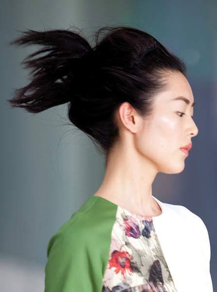 12 09 fall 2012 hair trends runway 9