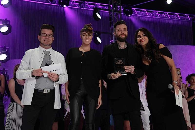 Mathieu Hubert, du salon Propagande Coiffure à Trois-Rivières, remporte le prix bronze dans la catégorie Couleur