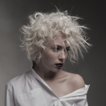 Contessa 28 Finalist Collection – Isabelle Lachance