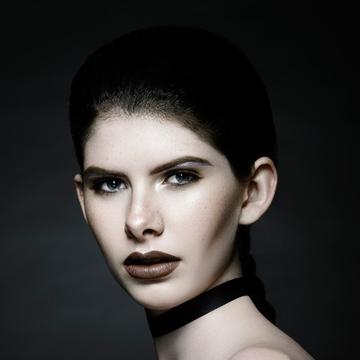 Contessa 28 Finalist Collection – Heidi Fleming