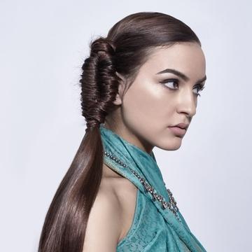 Contessa 28 Finalist Collection – Stephanie Karellas