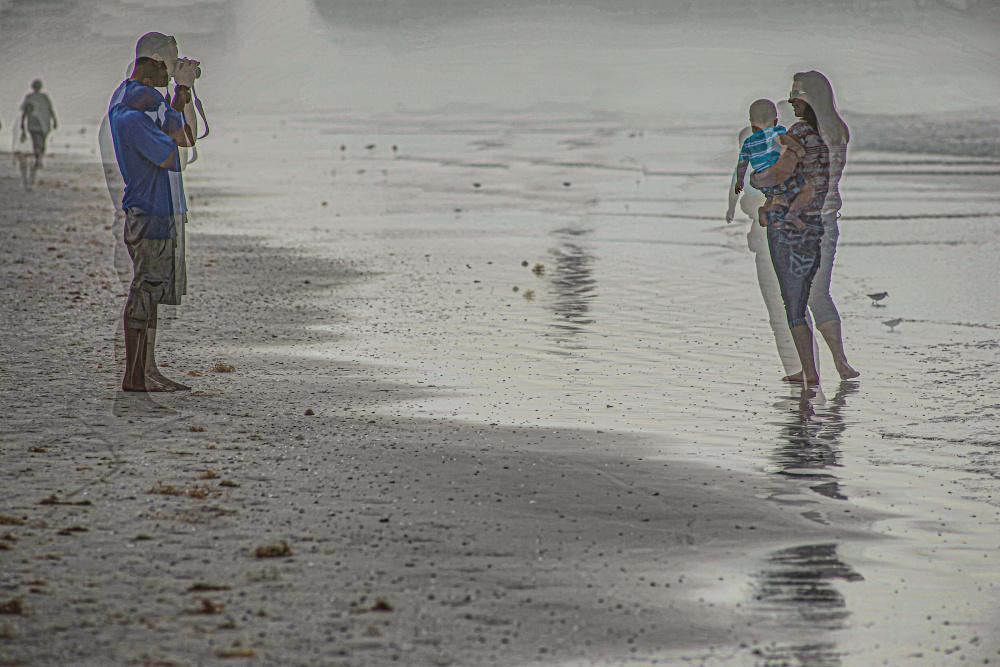 Jack Wayne, Photographer on the beach, 2015