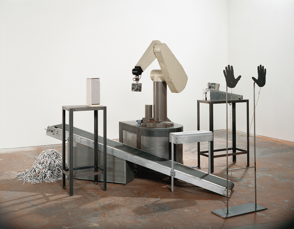 Max Dean, As Yet Untitled, 1992-1995, View of robotic installation, Art Gallery of Ontario, Toronto, 1997. Courtesy of the artist and the Art Gallery of Ontario. © Max Dean