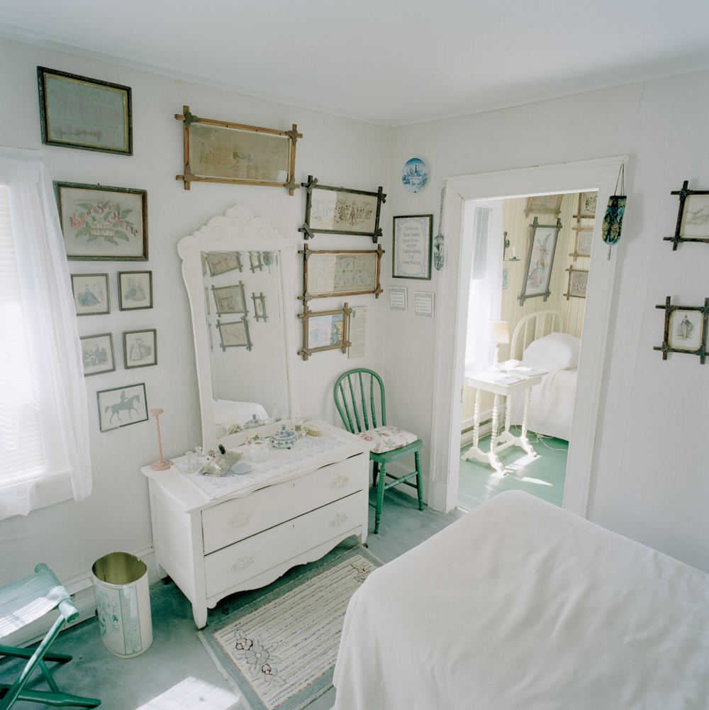 Katherine Knight, Bedroom, from the Caribou Mottos Series, 2006.