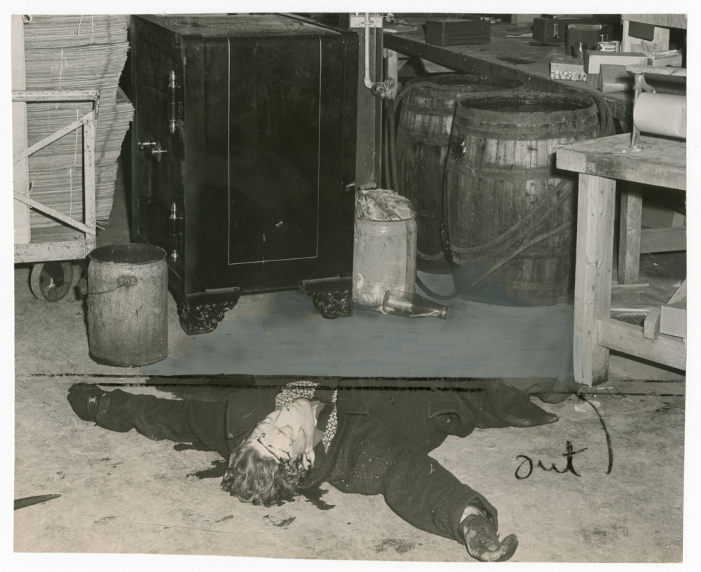 Unidentified photographer, Dead body of William Poole after he was shot by police while trying to open safe of Toronto Florist Co-operative, 1948. Gelatin silver print, 7 × 8.5