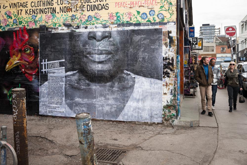A photograph by Jake Naughton installed at 56 Kensington Avenue, Toronto, Photo: Benjamin Petit