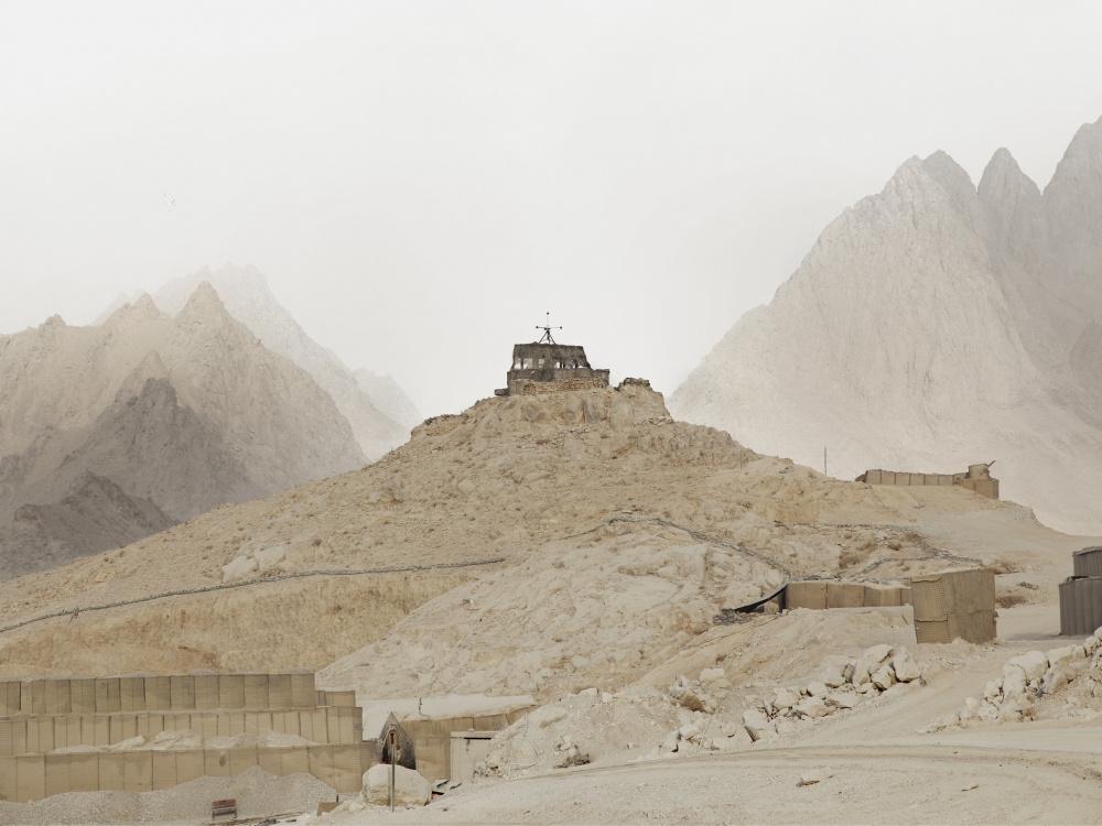 Donovan Wylie, FOB Masum Ghar, Kandahar Province, Afghanistan, 2010 © Donovan Wylie/Magnum Photos