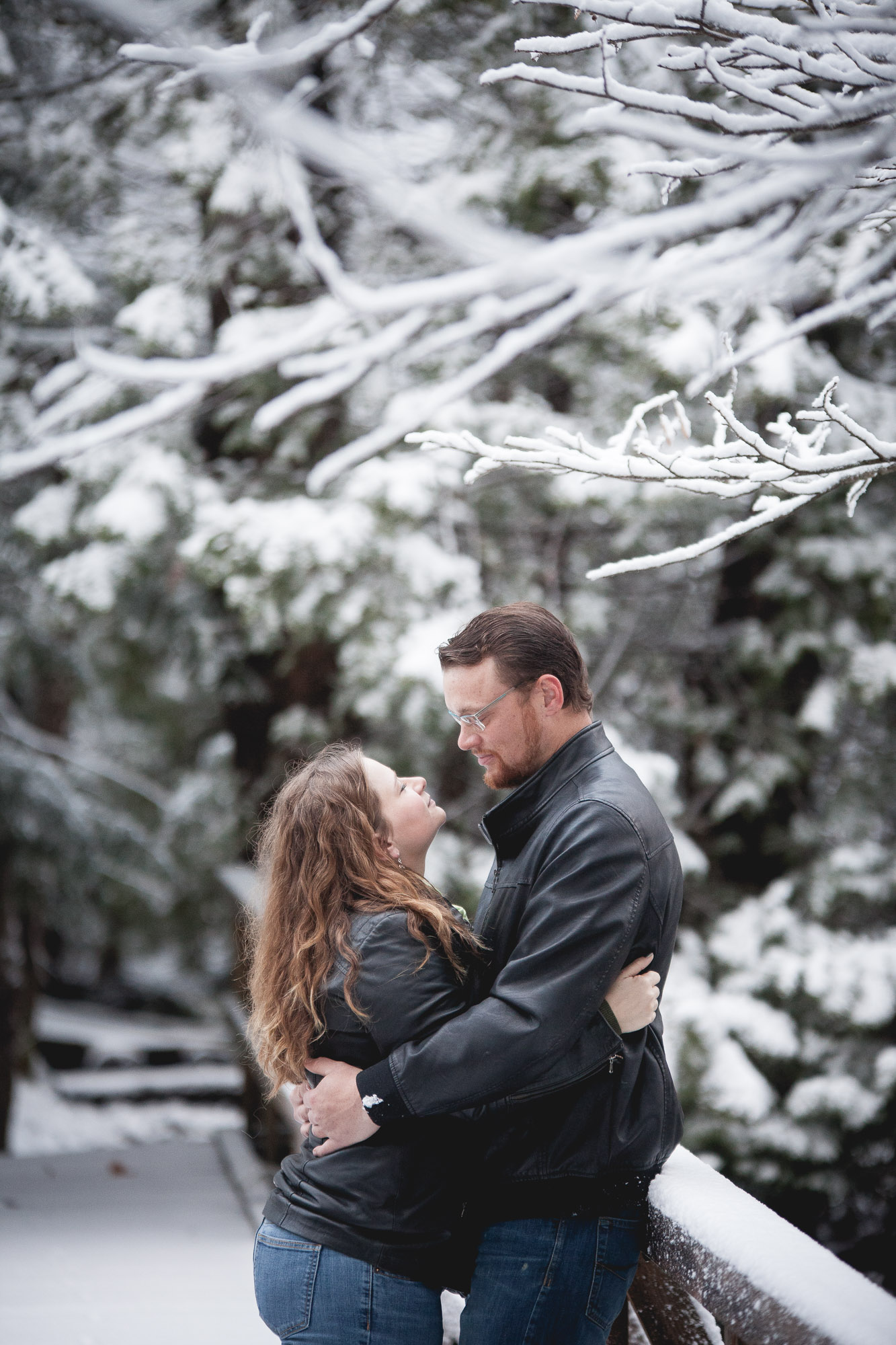 Meaford winter couple photography
