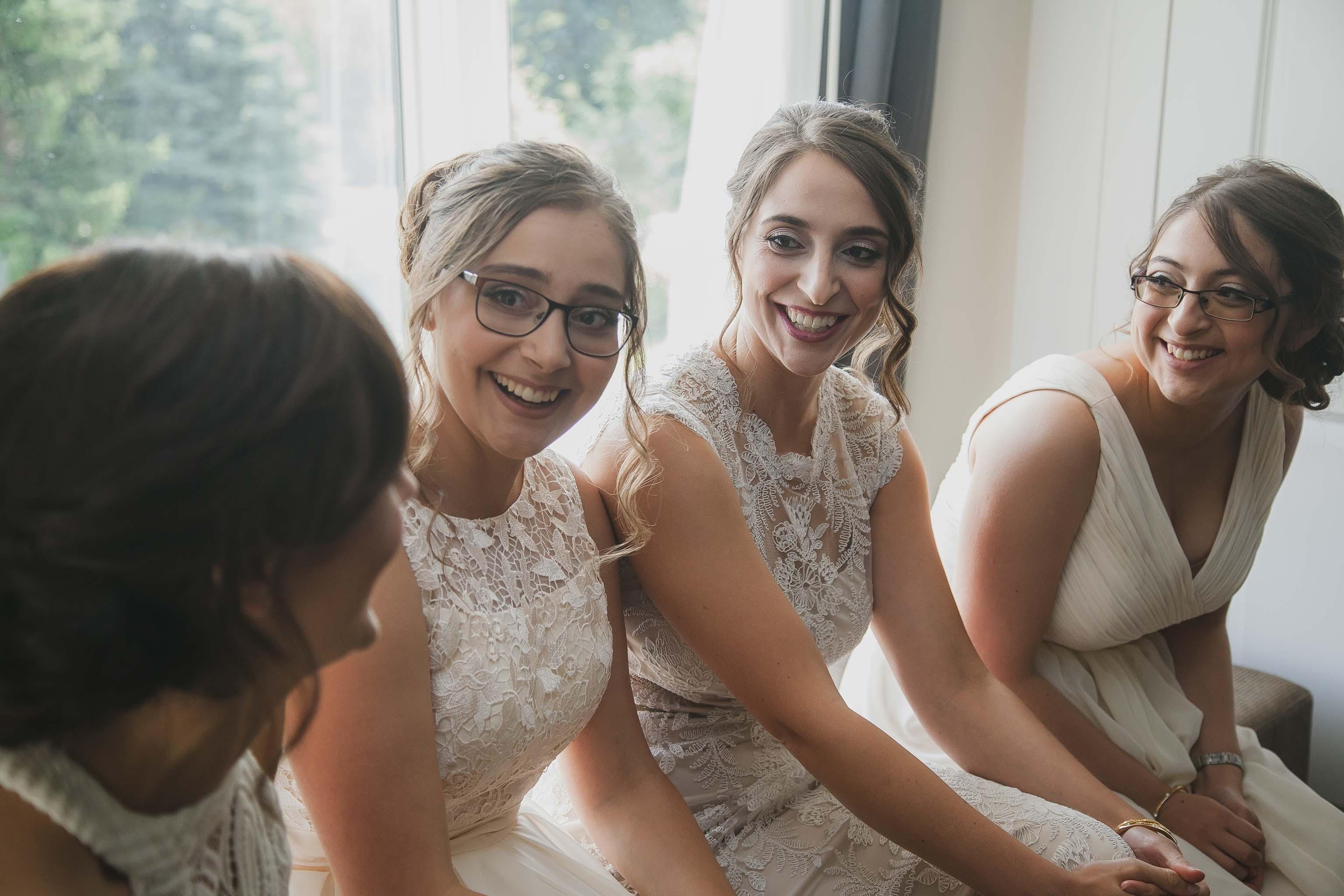 bridesmaids photos
