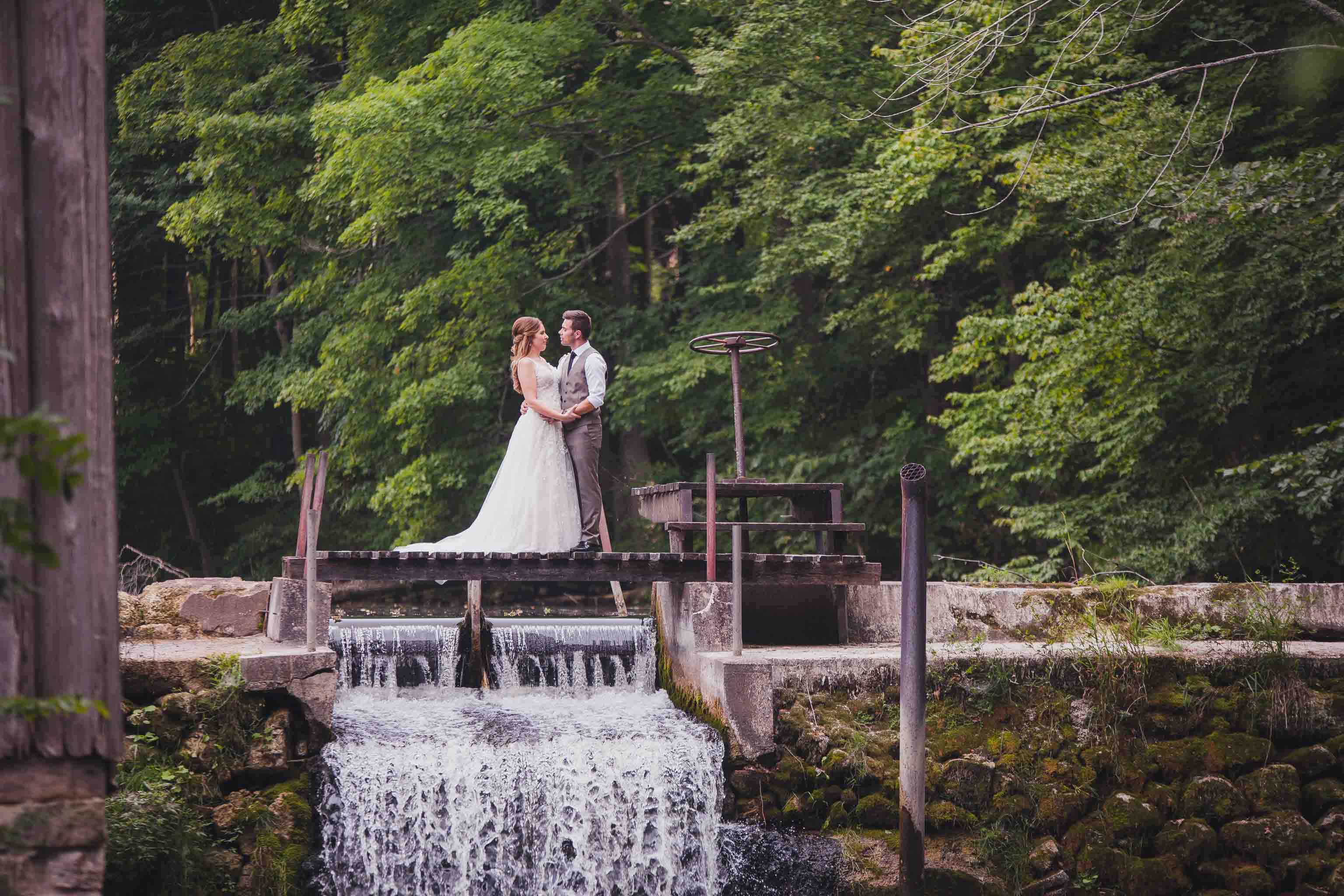 walter's falls wedding photography