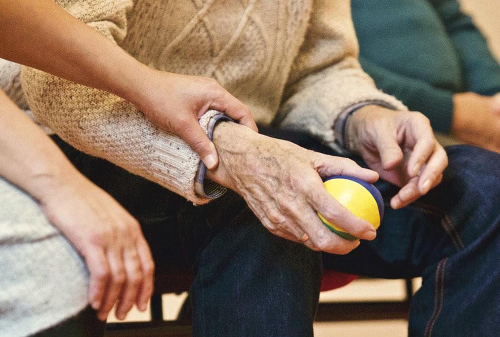 Working in partnership to offer caregiver webinars