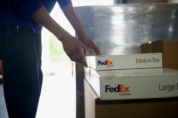 FedEx to invest additional $450 million to modernize hub - Supply