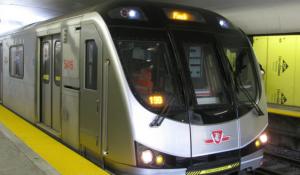yonge subway toronto condos