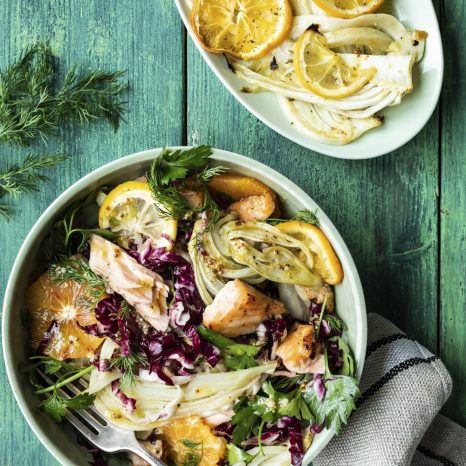 Salade tiède de saumon, abricot, fenouil et orange