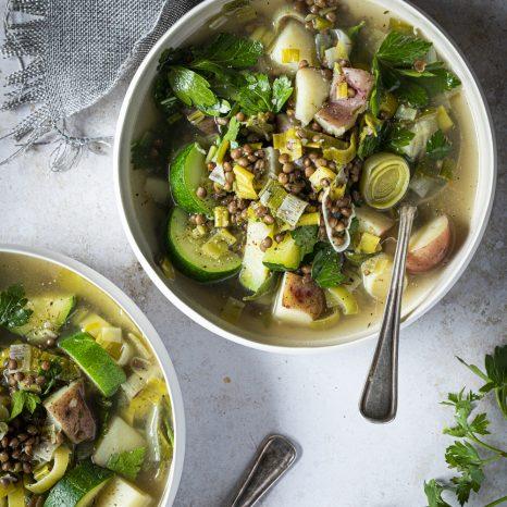 Soupe de poireaux, pommes de terre et lentilles